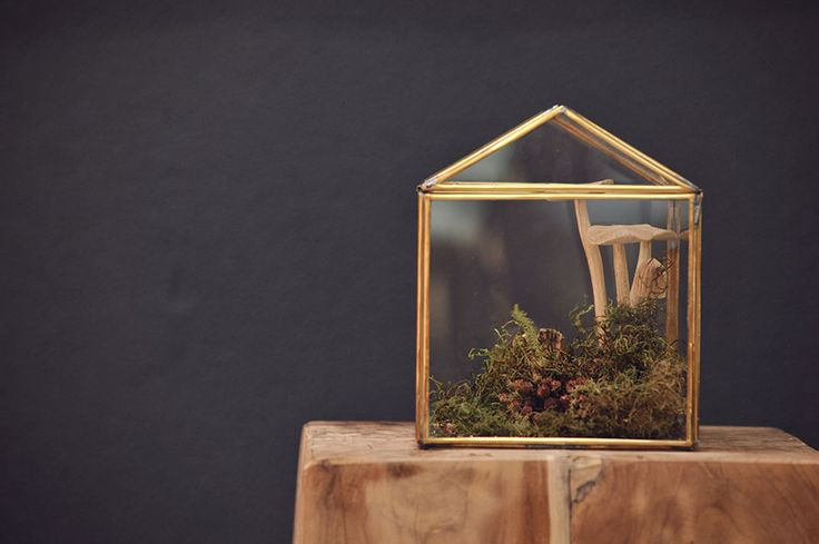 Hand crafted, glass and wood products by Life: From the roots. Authentic, hand picked design items
