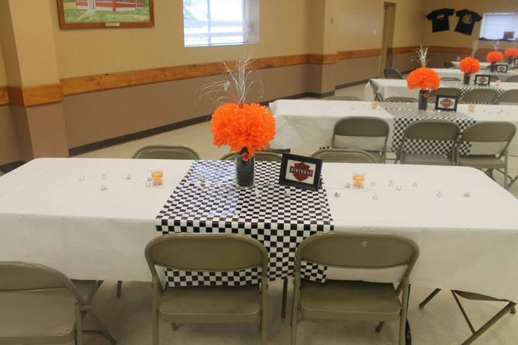 Harley davidson decorations my girls and i did for a for Decoration maison harley davidson