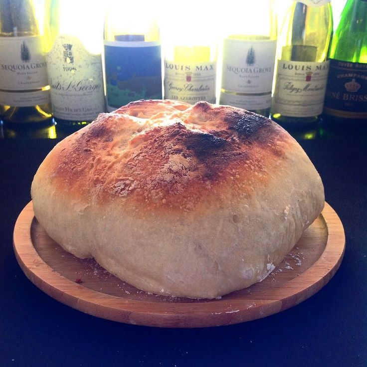 2016.09.30  Weather a good end of the month I baked the charged bread last night. France-producing organic wheat and salt yeast Outside is the middle and crispy Motchiri With olive oil and Guerande salt Please enjoy.  天気の良い月末に 昨晩仕込んだパンを焼きました フランス産の有機小麦と塩酵母で 外はカリッと中はもっちり オリーブオイルとゲランドの塩で お召し上がりください  #instagood #photooftheday #happy #follow #instadaily #repost #vscocam #vsco #instapic #webstagram #instacool #yummy #instafood #lunch #dinner #instalike #yummy #IGersJP #onthetable #foodstyling…