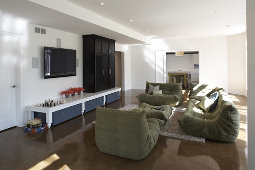 We love this contemporary basement by TreHus Architects+Interior Designers+Builders. From houzz.com