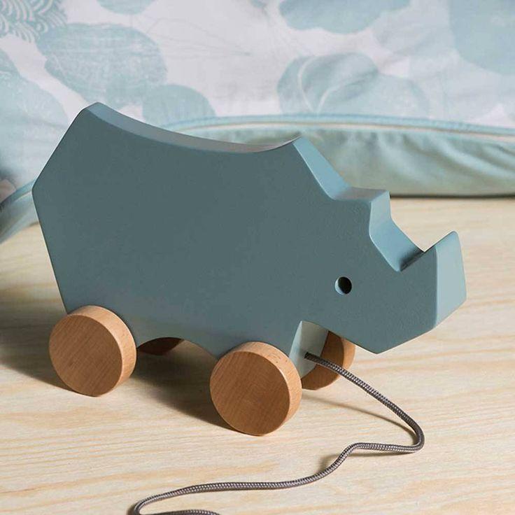 Sebra Nachziehtier Rhino Holz himmelblau