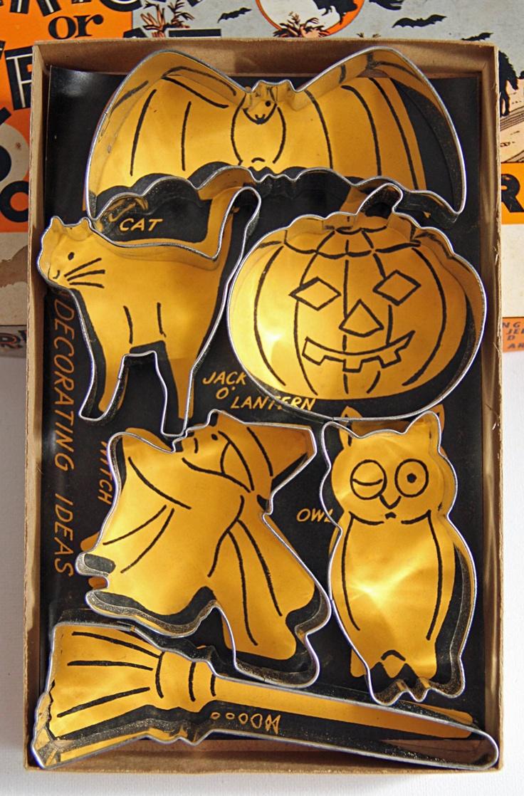 101 best Vintage Halloween images on Pinterest | Halloween labels ...