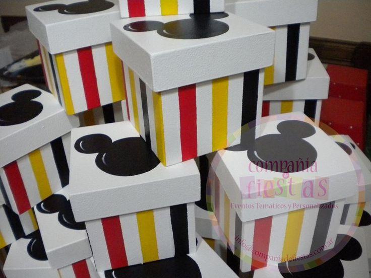 Souvenirs #Mickey Mouse Cajas pintadas a mano | Pintura country ...