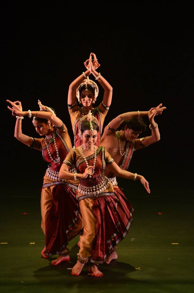 odissi dancers | indian classical dance