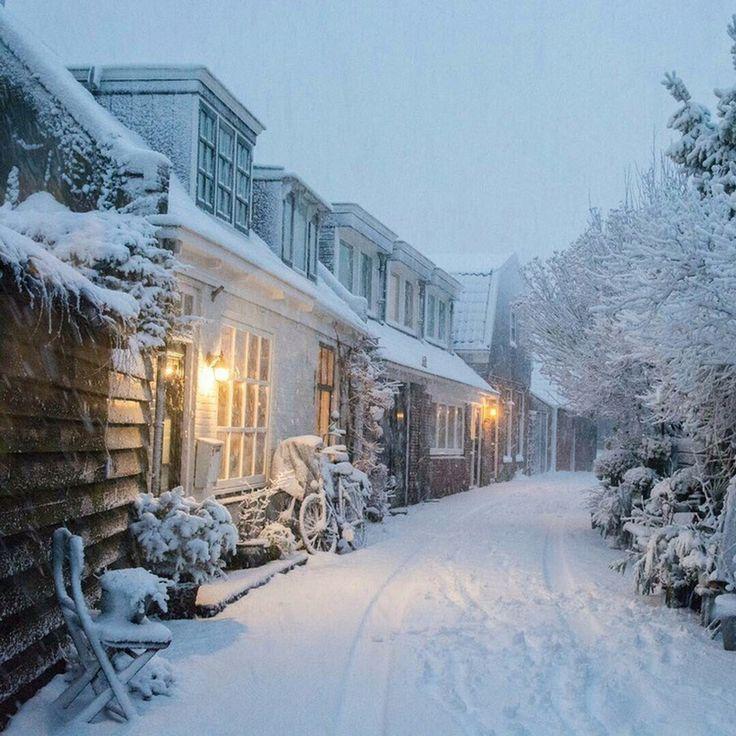 них подкожная новогодние улицы в снегу картинки того
