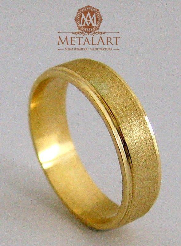 Gold wedding ring #shop #metal-art #budapest contact us at: metalart@metalart.hu