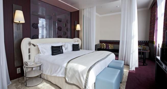 """Hotelpersoneel verklapt: """"Je krijgt geen schone lakens, we maken alleen het bed op"""""""