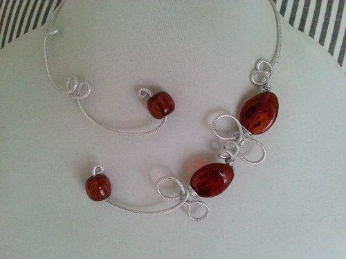 AMBER NECKLACE  Modern jewelry  Open collar par LesBijouxLibellule