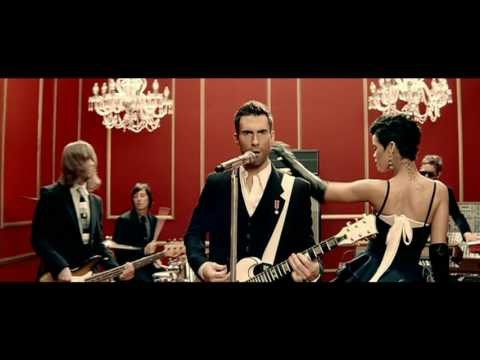 Super sexy video. Adam Lavine and Rhianna have amazing chemistry! videos