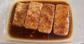 Fabulosa receta para Tofu marinado. Esta vez lo hice a la plancha una vez macerado pero también podemos harinarlo y freírlo. Queda riquísimo!!