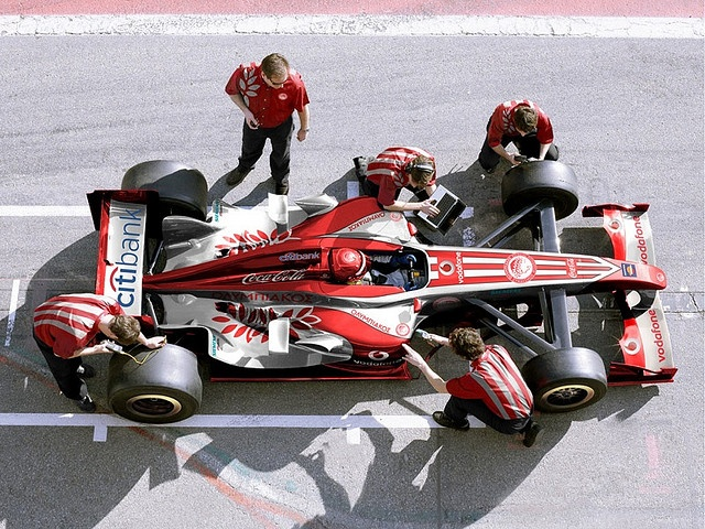 New image of Olympiacos' Superleague Formula Car     Photos and ideas on (formula cars|racing cars|sports car racing|motorcycle power|sports racer|formula libre|formula four|formula 4|f4|fl|fs) See and read more at GammaFormulaCars.blogsport.ca