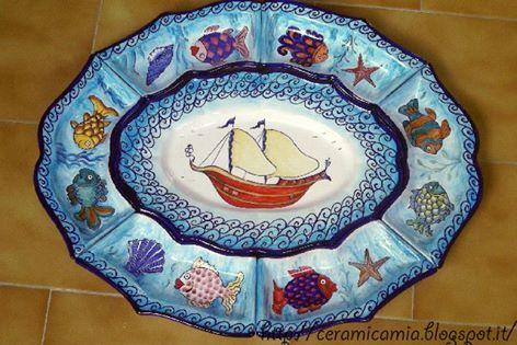 Antipastiera di 7 pezzi. #ceramica #dipinta a mano. Misura 58cm x 46cm. #Italy http://ceramicamia.blogspot.it/2016/08/antipastiera-di-mare.html
