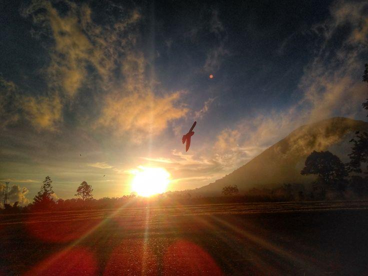 sunset lokon mount