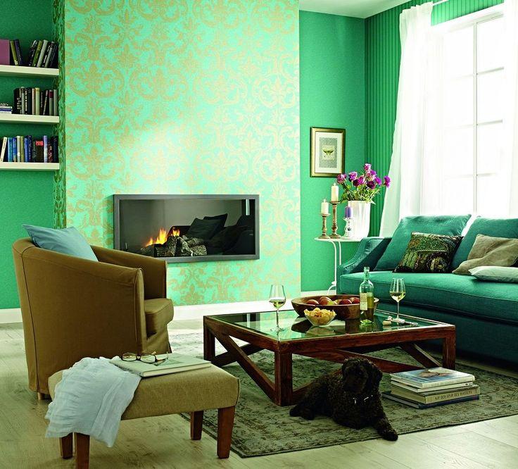 Зеленые обои в интерьере: как придать пространству свежести и 50+ лучших сочетаний http://happymodern.ru/zelenye-oboi-v-interere-55-foto-kak-sdelat-komnatu-uyutnoj/ Изумрудно-зеленые обои с золотистым орнаментом Смотри больше http://happymodern.ru/zelenye-oboi-v-interere-55-foto-kak-sdelat-komnatu-uyutnoj/