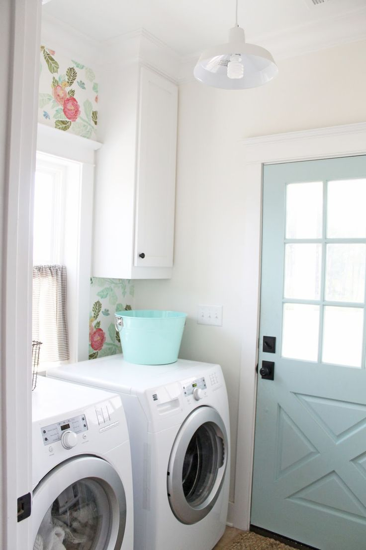 Laundry room ideas drying racks cute laundry rooms utilitarian spaces - Get The Look Colorful Creative Laundry Rooms