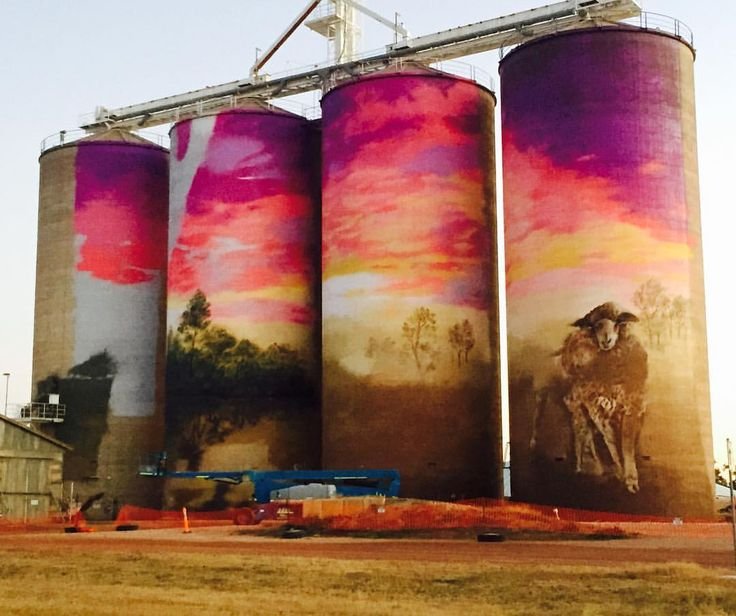 """Pinned from Insta:-  108 Likes, 8 Comments - Dr Apple & Mr Quench (@drapl) on Instagram: """"Day 7 and the sky is coming to life @graincorp silos thallon @taubmans @thallonpub #drapl and…"""""""