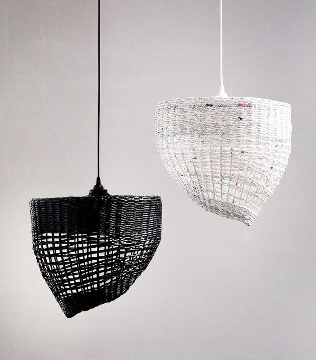 Lámparas colgantes blanco y negro - Black and white lamps - hecho a mano en DaWanda.es