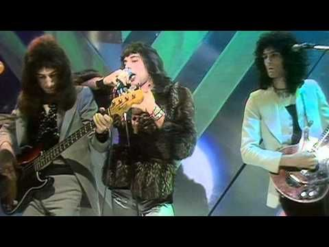"QUEEN / KILLER QUEEN (1974) -- Check out the ""Super Sensational 70s!!"" YouTube Playlist --> http://www.youtube.com/playlist?list=PL2969EBF6A2B032ED #70s #1970s"