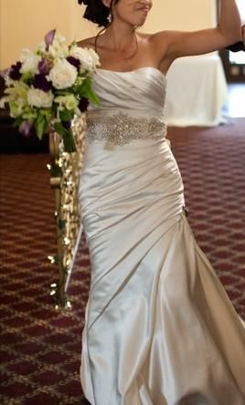 La Sposa Fanal 2: buy this dress for a fraction of the salon price on PreOwnedWeddingDresses.com #wedding #mybigday
