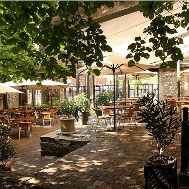 On parle des plus belles terrasses de restos aujourd'hui sur tastet ❤️ Patrick Lesort