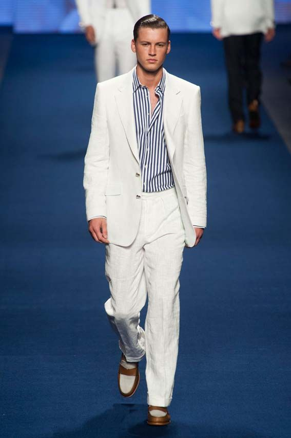 MMU S/S 2015 - Etro See all fashion show at: http://www.bookmoda.com/?p=17402 #summer #SS #catwalk #fashionshow #menswear #man #fashion #style #look #collection #milan #fashionweek #etro @EtroOfficial