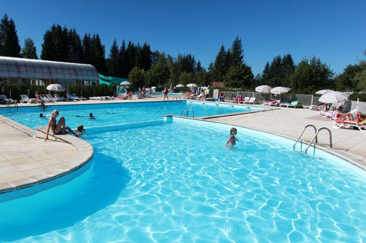 Yelloh! Village Le Fayolan - Le parc aquatique de ce camping séduira toute la famille, avec sa piscine couverte et chauffée, sa pataugeoire et ses toboggans. Plus d'infos : http://www.yellohvillage.fr/camping/le_fayolan/espace_baignade