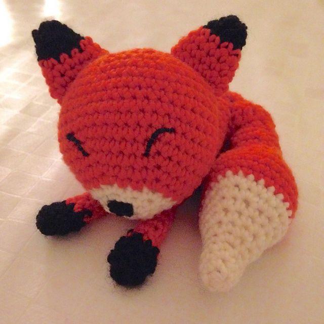 Ravelry: Potoupy's Sleepy Fox 1