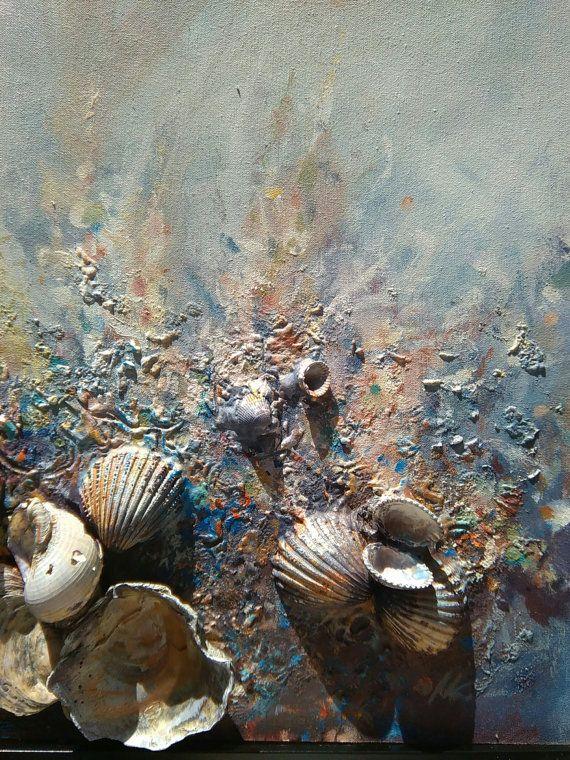 * Bienvenido a... Ola salvaje * Arte abstracto Mezcla pintura de los medios de comunicación en la lona, hay muchas texturas y muchas capas, real conchas, piedras, arena, pintura y alegría del mar :) Mar salvaje... Dimensiones (marco): 42 x 52 x 3,5 cm, 20,5 x 16,5 x 1,5 en MEDIO: Conchas Arenas, del acrílico, del Louvre, playa de piedras, fijación de superglue hecha en Galería lona estirada, marco de madera La pintura está firmada, enmarcada y lista para colgar! COLORES: colores acríli...