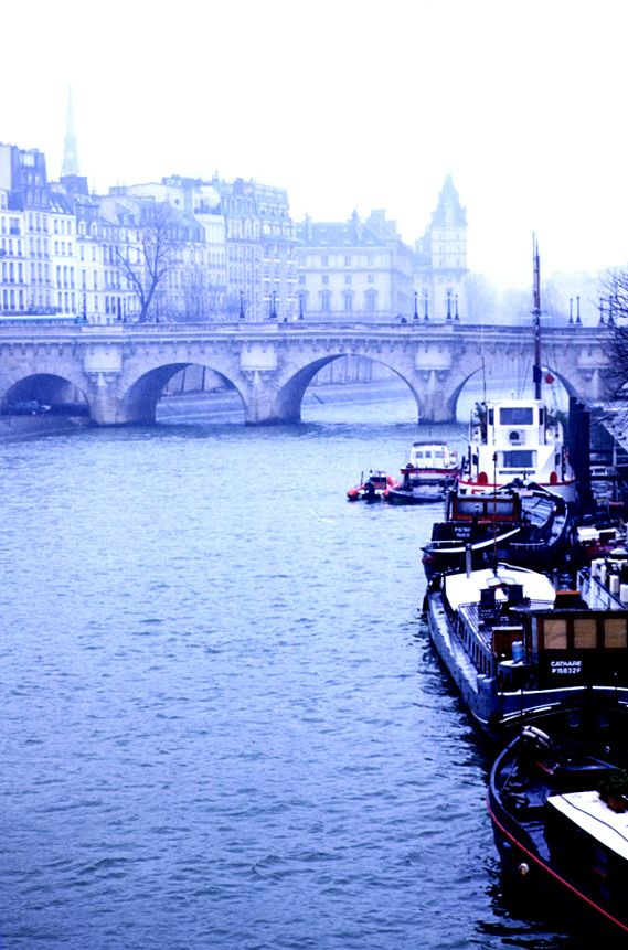 Pont Neuf,Paris...inspiration for your Paris vacation from Paris Deluxe Rentals
