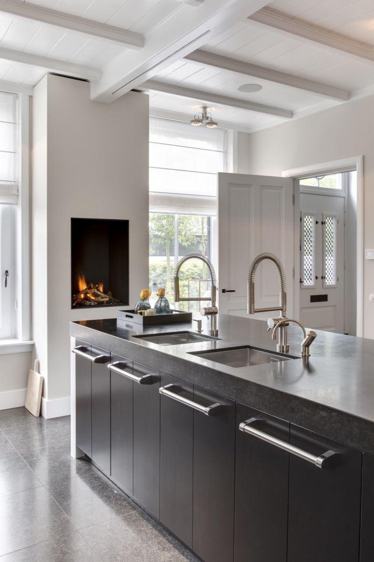 25 beste idee n over eetkamer open haard op pinterest victoriaans huis decor donkere - Open haard keuken photo ...