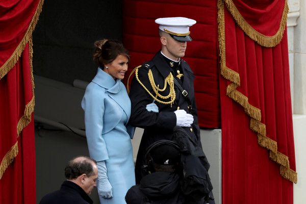 Melania Trump Photos Photos - Melania Trump arrives on the West Front of the U.S. Capitol on January 20, 2017 in Washington, DC. In today's inauguration ceremony Donald J. Trump becomes the 45th president of the United States. - Donald Trump Is Sworn In As 45th President Of The United States