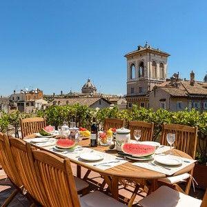 "обед на террасе Рим, исторический центр, апартаменты ""168 птиц"""