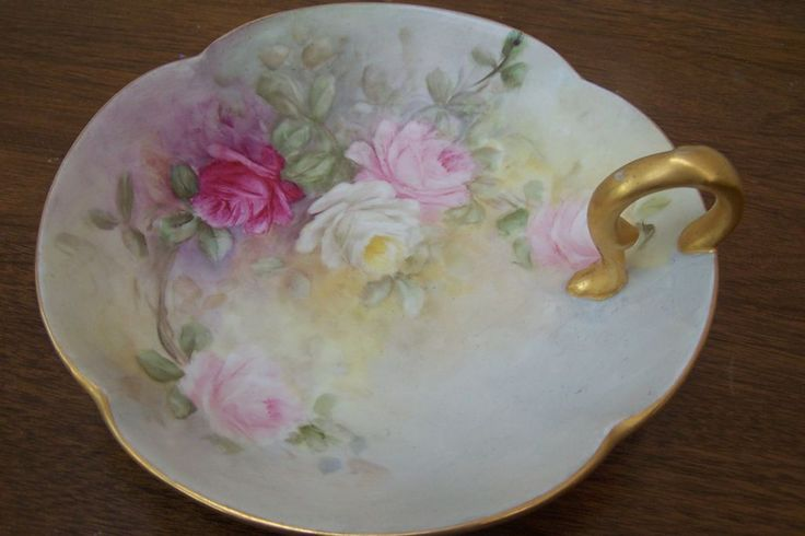 Feminine Tea Roses Hand Painted on Limoges Roman Coin Gold Finger Handled Bonbon Candy Dish (Nappy)!