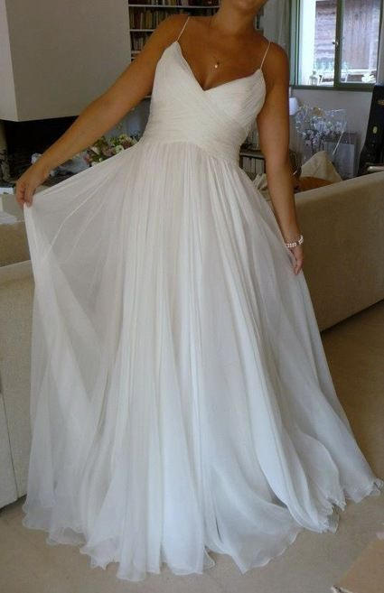 Best 25 chiffon dresses ideas on pinterest chiffon for Beach chiffon wedding dress