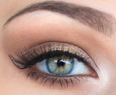 A pretty, slightly shimmery neutral eye - this could be easily darkened up for a beautiful smoky eye!