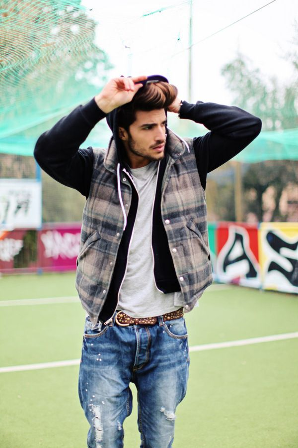 Mariano di Vaio_STAY CONFY, STAY STYLISH