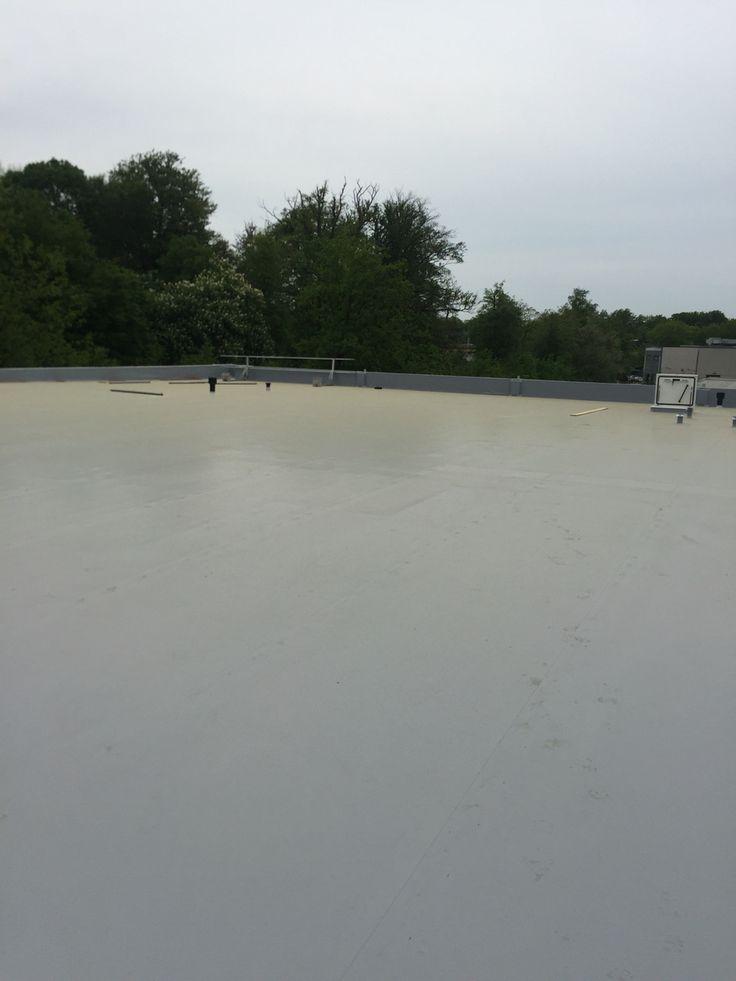 2016-10-05 Het dak is op de nood overstorten na, helemaal klaar.MaisonManon.