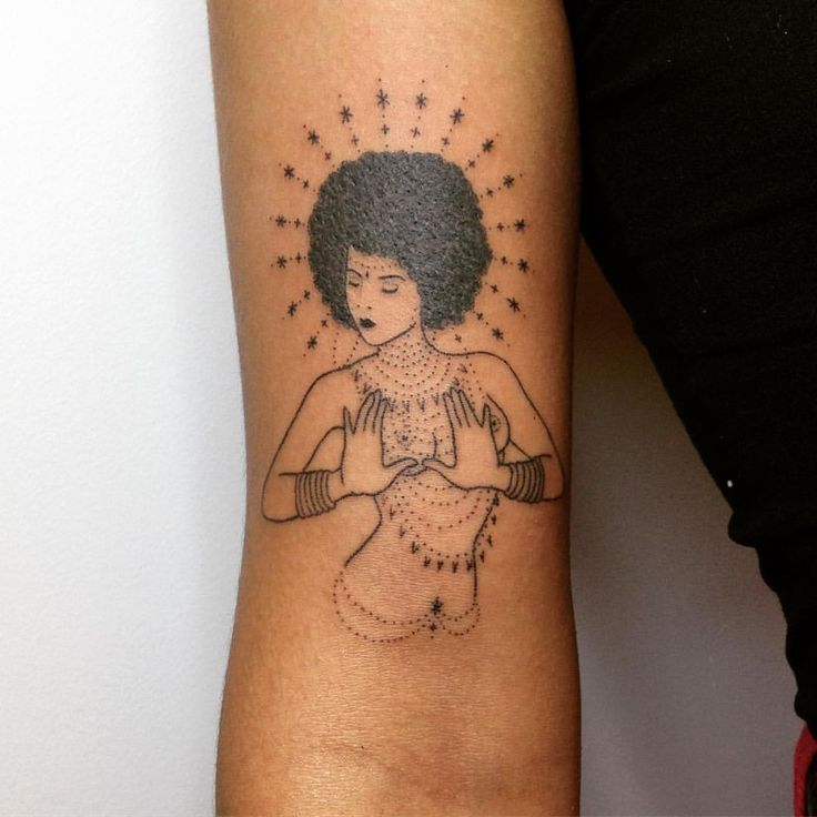 "3,178 Likes, 27 Comments - @taticompton on Instagram: ""⁛✱Thanks Gianna!✱⁛ #handpoked #afro #goddess @savedla"""