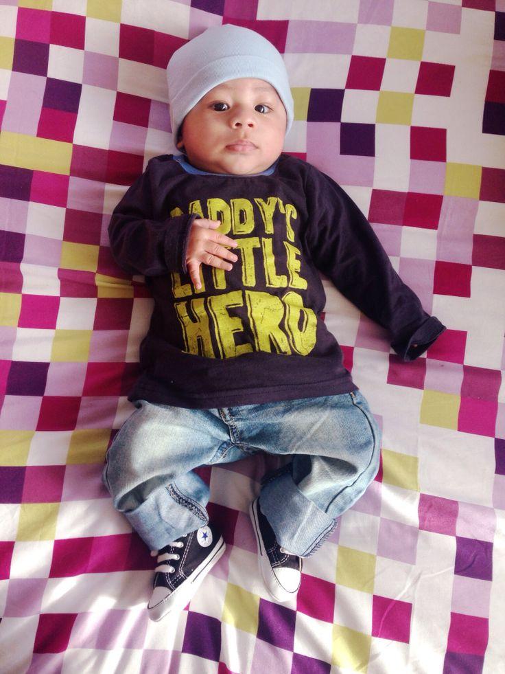 Daddy's little hero