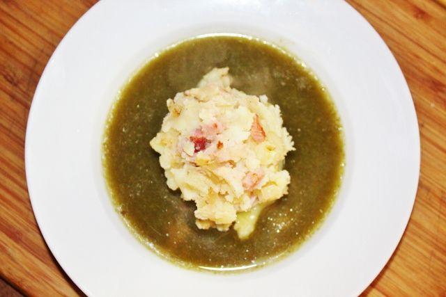 Zupa szczawiowa z tłuczonymi ziemniakami - moje sielskie smaki ;)