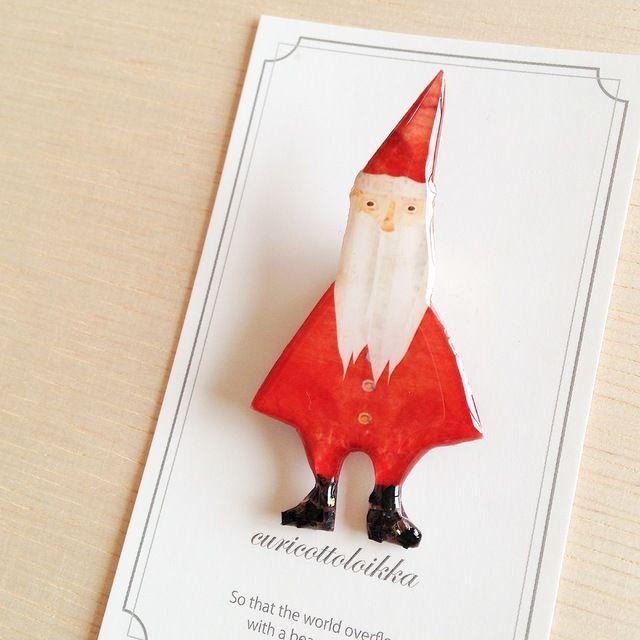 〈クリスマス〉ぷっくり長靴のサンタさん/Brooch