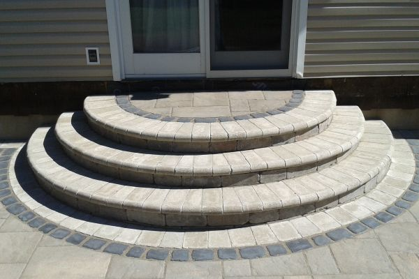 Decorative Paver Patio With Steps Gardening Pinterest