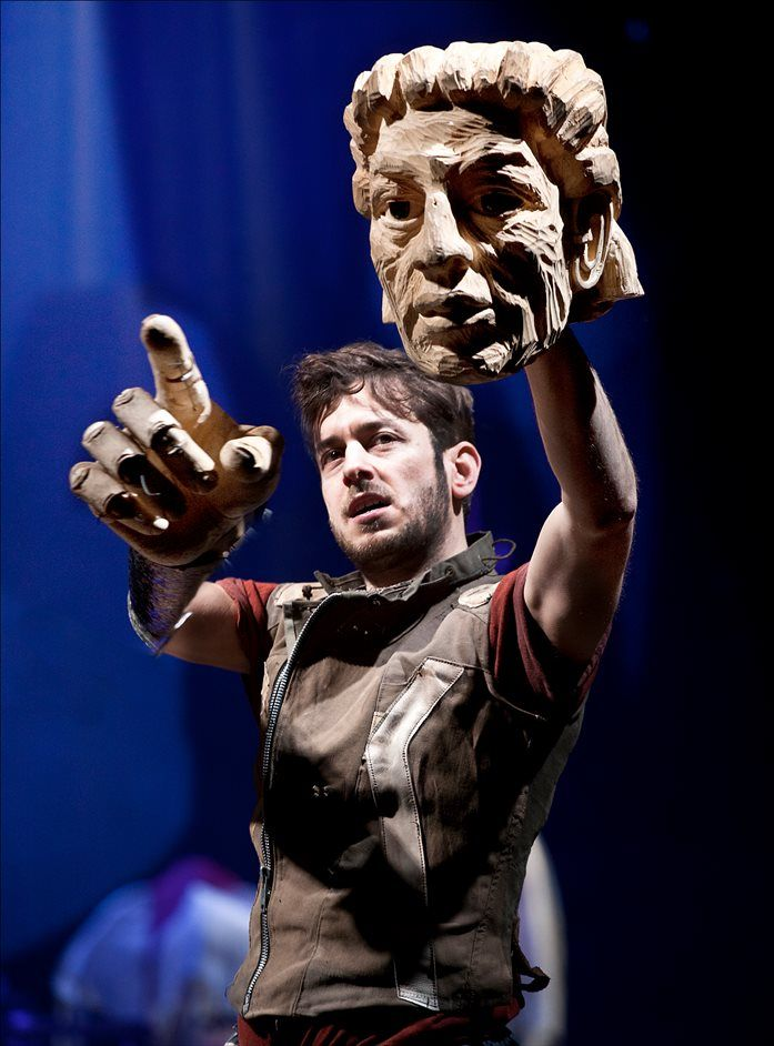 Bristol Old Vic's Artistic Director Tom Morris and Cape Town's Handspring Puppet Company reunite for the first time since War Horse to bring Shakespeare's magical A Midsummer Night's Dream to the Barbican. #UKevents #AMidsummerNightsDream