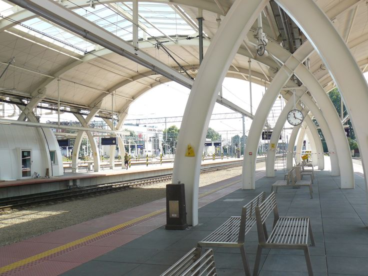 Dworzec PKP w Gliwicach i wibrobeton jednomisowy ELKAY