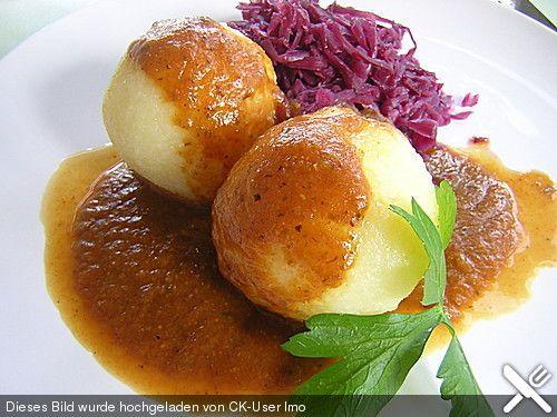 Kloß mit Soß' vegetarisch, ein beliebtes Rezept aus der Kategorie Vegetarisch. Bewertungen: 194. Durchschnitt: Ø 4,4.