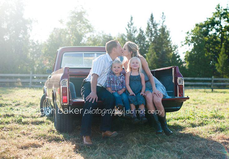 unique family photos, professional family photos, langley western photographer, fun family photos
