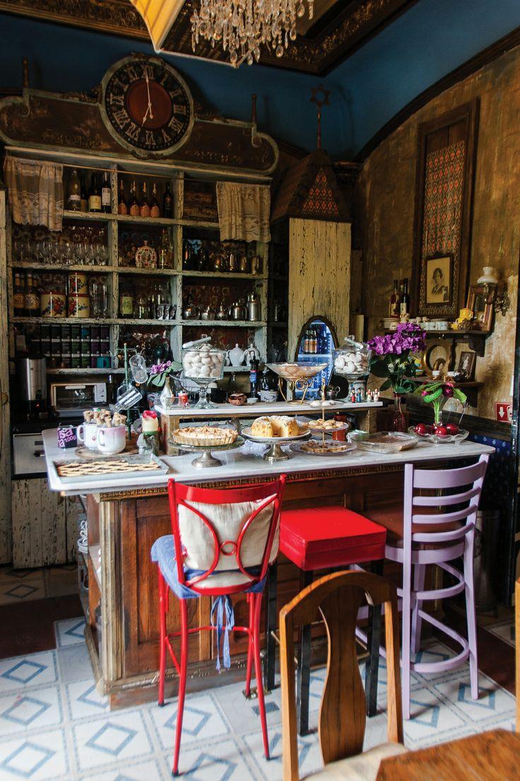 #Café Budapest #México DF: http://www.chilango.com/restaurantes/polanco/cafe-budapest-cukraszda