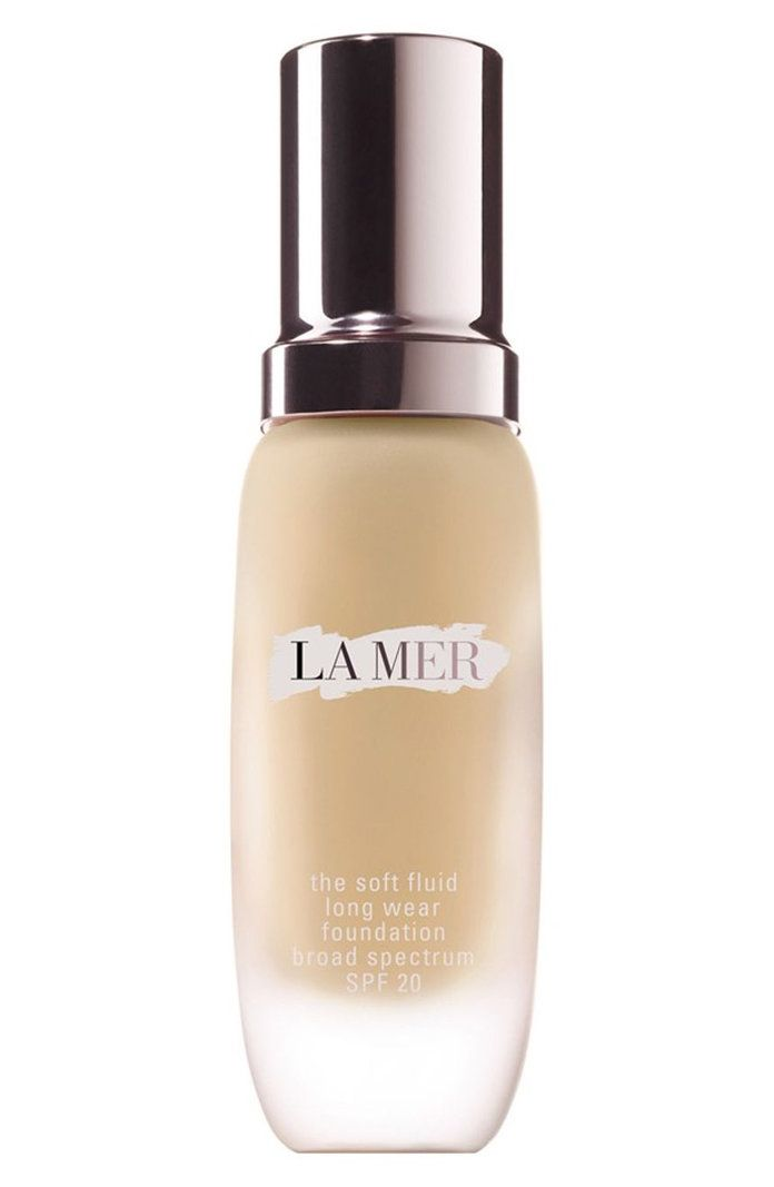 InStyle beauty editor tests out La Mer's $110 fluid foundation.