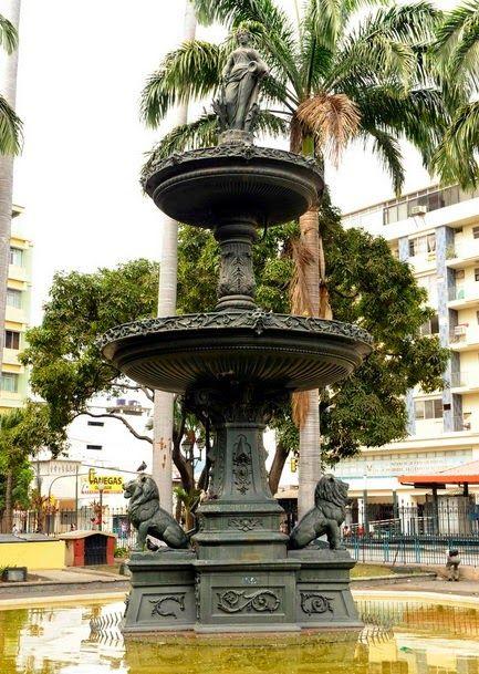Atractivos turísticos de la ciudad de Guayaquil Fuente de los Leones