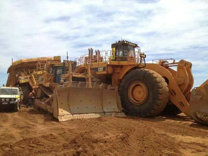 Cat Power Wheels Tractor : Best images about caterpillar tractor on pinterest